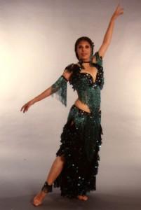 Raks Sharki: Oriental Dance